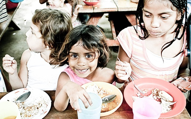 Children need to eat a well-balanced diet to improve their ability to learn and concentrate.