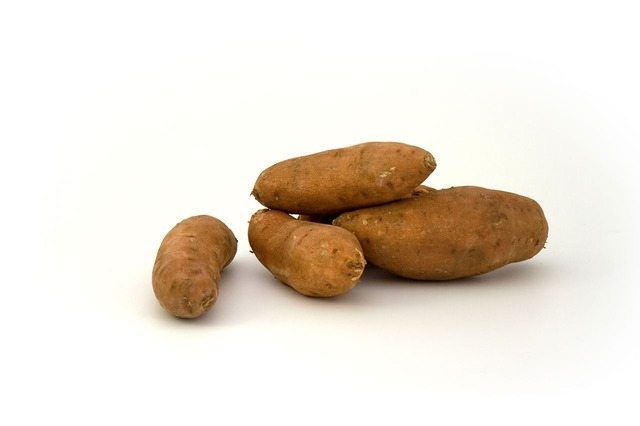 Sweet potatoes can help you to lose weight and protect you from diabetes