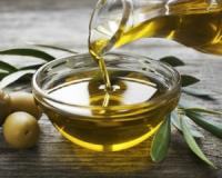 Olive oil can rob your body of antioxidants if you cook past its smoke point - but applied topically? Now we're talking!