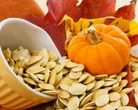 Calm your brain, burn fat and more by eating more pumpkin seeds