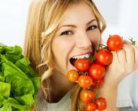 Cut your skin cancer risk by 50% by eating tomatoes daily!