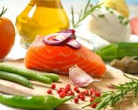 Study indicates that following a Mediterranean diet may lower your risk of age-related macular degeneration