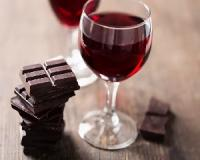 How indulging in wine and chocolate can help you lose weight!