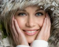 You can moisturise and nourish your skin to give yourself a gorgeous winter glow using your favourite foods au naturel!