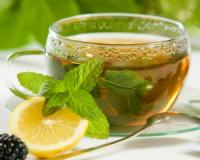 This is how much green tea you need to drink to reap its cancer-fighting benefits