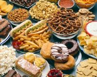 'Ultra-processed' foods like sugary cereals and instant noodles raise your cancer risk!