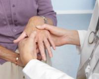 Looking for a natural rheumatoid arthritis therapy? Here are three...