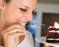 Four tips to stabilise your blood sugar levels after a sugar binge
