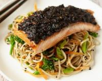 This carb smart nori-crusted salmon dish is packed with long chain omega-3 fats, EPA and DHA