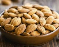 Eat these tasty snacks between meals to promote quick weight loss