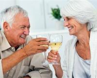 Drinking wine can help diabetics improve their artery health