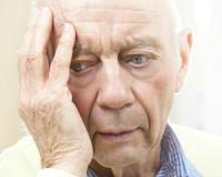 New study suggests that seniors who have a lower weight are at increased risk of the memory-robbing disorder, Alzheimer's disease