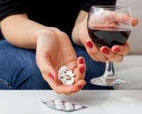 Don't drink and take painkillers! It can trigger a deadly respiratory problem, study warns