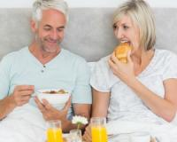 Taking your prostate cancer medication with a light breakfast boosts its efficiency